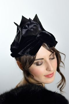 b587bc7c96e6f Couture 1920s Avant Garde Black Flapper Hat – The Vintage Net 1920s  Costume