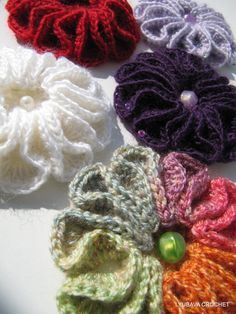 "3D Flower Crochet Tutorial Pattern Pdf, Beautiful Crochet Flower Brooch Pattern ""Scarlet Flower"", Lyubava Crochet Pattern number 59. via Etsy."