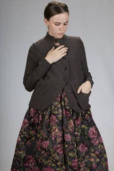 Forme d'expression   giacca a cardigan corto in maglia di lana vergine e cachemire   #formedexpression