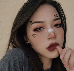 "History of eye makeup ""Eye care"", quite simply, ""eye make-up"" happens to Edgy Makeup, Grunge Makeup, Cute Makeup, Makeup Inspo, Makeup Art, Makeup Inspiration, Kawaii Makeup, Korean Makeup Tutorials, Makeup Tricks"