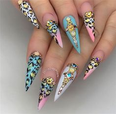 Acrylic Stiletto Nails Designs You May Love In Summer - Nail Art Connect Get Nails, Dope Nails, Bling Nails, Stiletto Nails, Hair And Nails, Cheetah Nail Designs, Cheetah Nails, Dimond Nails, Luxury Nails