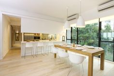 Royalton - A Perfect Blend of Classic and Contemporary Design - contemporary - kitchen - hong kong - by Clifton Leung Design Workshop
