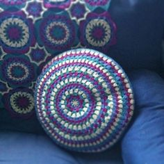 Granny circle crochet cushion cover