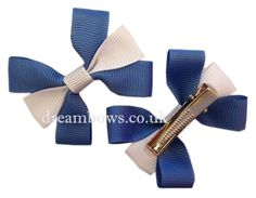 Blue and white grosgrain ribbon hair bows on alligator clips - www.dreambows.co.uk #dreambows #hairbowsforsale #girlshairbows #hairaccessories #hairclips