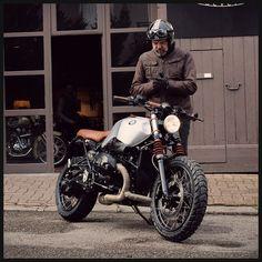 Projet de personnalisation réalisé sur base BMW NineT Scrambler par l'atelier BAAK Motocyclettes à Lyon. Accessoires en cuir et inox fabriqués main.