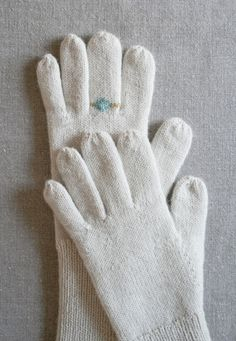 Gem Gloves | Purl Soho Purl Bee, Mittens Pattern, Knit Mittens, Knitted Gloves, Fingerless Mittens, Wrist Warmers, Hand Warmers, Purl Soho, How To Purl Knit