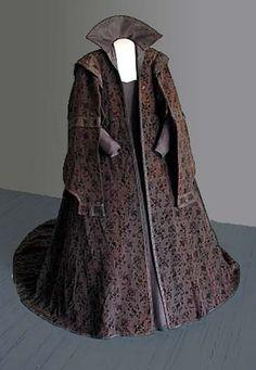Cloak of Marketa Lobkowicz (1617), © Mikulov Museum