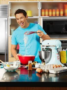 Hidden Talent: David Bromstad Can Bake! + Get His Chocolate Chip Cookie Recipe