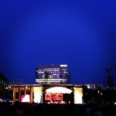 Food Lion Stage at #SpeedStreet #NASCAR // Uptown Charlotte, NC // {the five senses} in the Queen City #5senses #sight #uptown #charlotte #clt