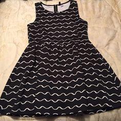 H&M dress Black and white H&M Dresses