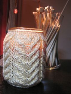 One last free knitted jar cosy pattern (antler pattern a more masculine style)