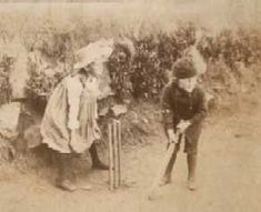 Adrian Stephen and Virginia Woolf at Talland House in St. Ives in 1886. #virginiawoolf