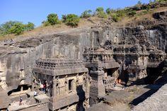 india-ellora-caves-kailasa-temple-overlook.jpg (4896×3264)