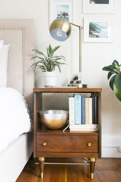 Cool 49 Awesome First Apartment Decor and Design Ideas https://bellezaroom.com/2017/10/04/49-awesome-first-apartment-decor-design-ideas/
