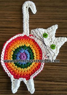 Crochet Pumpkin Coaster - Ravelry Peeking Cat Butt Coaster by Upper Crust Crochet Crochet Home, Crochet Gifts, Cute Crochet, Crochet Motif, Crochet Patterns, Cat Coasters, Crochet Pumpkin, Crochet Potholders, Crochet Animals