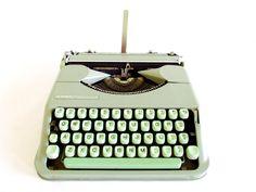 Vintage 1950's Hermes Rocket Mint Typewriter