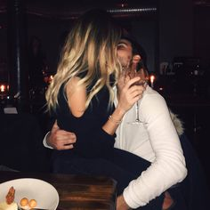 Image about girl in Cute couples♥️ by Andrea on We Heart It Couple Blond, Girl Couple, Relationship Goals Pictures, Cute Relationships, Couple Relationship, Cute Couples Goals, Couple Goals, The Love Club, Couple Aesthetic