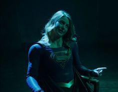 Supergirl se une al Club de la Pelea de The CW - Morbido