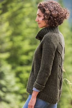 Ravelry: Trailhead pattern by Veronik Avery Brooklyn Tweed, Sweater Knitting Patterns, Knit Patterns, Hand Knitting, Knitting Sweaters, Maori Patterns, Women's Sweaters, Knitting Ideas, Knitting Projects