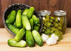 Old Fashioned Dill Pickle Recipe Plus Directions for Canning Grape Recipes, Canning Recipes, Kitchen Recipes, Canning Dill Pickles, Garlic Dill Pickles, Pickles Recipe, Old Fashioned Dill Pickle Recipe, Dill Pickle Recipe Small Batch, Preserving Food