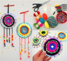 comment faire des capteurs de rêves magnifiques à base de CD et de brins de laine aux couleurs vives Cd Diy, Diy And Crafts, Arts And Crafts, Circle Art, Halloween Crafts For Kids, Fuse Beads, Christmas Paintings, Art Activities, Projects For Kids