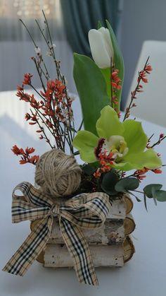 Grapevine Wreath, Grape Vines, Flower Arrangements, Bring It On, Concept, Wreaths, Flowers, Home Decor, Floral Arrangements