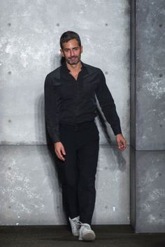Marc Jacobs confirmed to leave Louis Vuitton