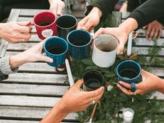 """Hygge Hosting: 9 Tips for Throwing a Cozy """"Crappy Dinner Party"""" — Hygge Holidays"""