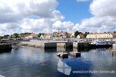 Blick auf den Hafen von Svaneke, Insel Bornholm. #hafen #svaneke #insel #bornholm #daenemark