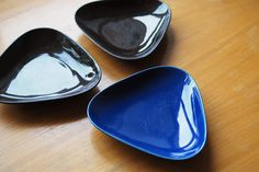 Kirppisrakkautta Finland, Barware, Plates, Tableware, Licence Plates, Dishes, Dinnerware, Griddles, Tablewares