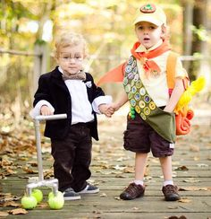 """Costumes from the movie """"UP"""".  Love.  It!!!!  costumerachels"""