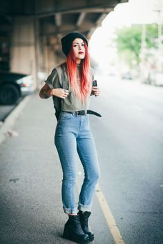Swans Style is the top online fashion store for women. Shop sexy club dresses, jeans, shoes, bodysuits, skirts and more. Grunge Outfits, Style Outfits, Mode Outfits, Outfits For Teens, Casual Outfits, Fashion Outfits, Grunge Look, Style Grunge, 90s Grunge