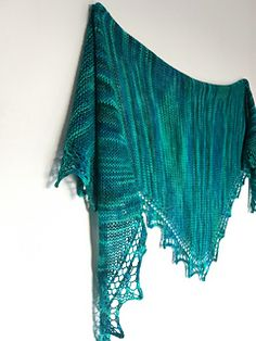 KISS Shawl pattern by Louise Tilbrook