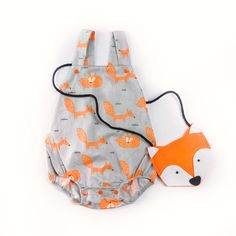 Victory! Check out my new Lovely Fox Pattern Sleeveless Romper for Baby, snagged at a crazy discounted price with the PatPat app.