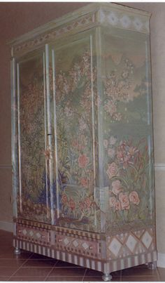 This Antique French armoire was painted with silver . Hand Painted Furniture, Funky Furniture, Shabby Chic Furniture, Furniture Makeover, Decoupage, Painted Armoire, Ideas Para Organizar, Shabby Look, Tole Painting