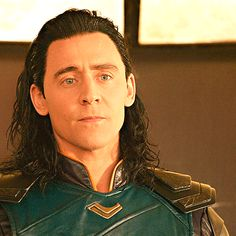 #TomHiddleston #Loki #ThorRagnarok. Gif-set: