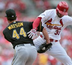 Umm... ouch! Watch out Daniel Descalso!