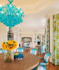 House of Turquoise: Chandelier Dining Room Design, Dining Room Furniture, Dining Rooms, Dining Area, Small Space Design, Small Spaces, Turquoise Chandelier, House Of Turquoise, Luxury Interior Design