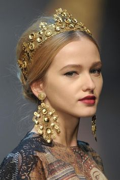 "The Luxe Factor: Dolce & Gabanna's ""Italian Princess"" Chignon"