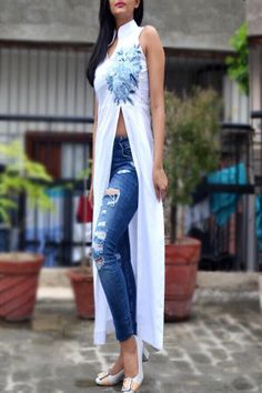 Buy White Pure Linen Embroidered Kurti - Buy Women Kurti in India Look Fashion, Indian Fashion, Fashion Design, New Designer Dresses, Designer Kurtis, Indian Dresses, Indian Outfits, Long Kurti With Jeans, Suits For Women