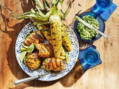 Spicy Salmon, Salmon And Rice, Grilled Chicken Thighs, Grilled Chicken Recipes, Fresh Corn Recipes, Vegetable Recipes, Vegetable Sides, Corn Succotash, Easy Steak Fajitas