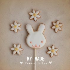 MY MADE : #Bunny in the #garden #Icing #Cookies   #bakery #homemade #アイシングクッキー #アイシン #クッキー #아이싱쿠키 #쿠키 #お菓子作り #手作りお菓子  Instagram : @songsweetsong @sweetenupcafe