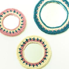 Brighten up a drab space with a trio of crochet edged mirrors ... perfect for opening up small spaces! FREE pattern! #crochet #pattern #decor