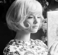 Blog 2014年10月 渋谷の美容室 60年代・70年代ファッション、モダン・ロックテイストのスタイルで評判