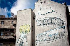 El artista urbano italiano Blu representa una de las voces más lúcidas y brillantes en el panorama internacional de arte urbano