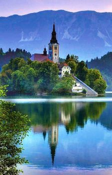 Church Of The Assumption, Lake Bled (96 pieces)