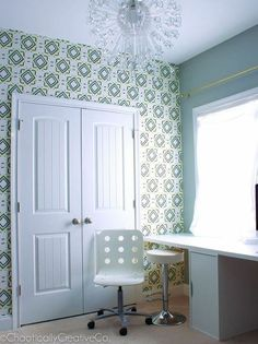 Easily update your boring blank walls with fabric http://www.hometalk.com/l/la7