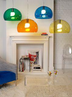 Merk: Kartell Model: Fl/Y design hanglamp FLY Design: Ferruccio Laviani Kleur: Blauw of geel Status: Nieuw  Normale prijs € 193,- Het Design Entrepot prijs € 154,-  •Website: http://hetdesignentrepot.wordpress.com •Bel+316 22999488 •Mail: info@hetdesignentrepot.nl