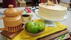 Torta de manzanas y crema de caramelo