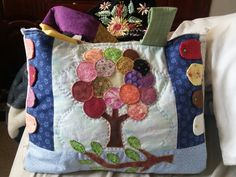 Quilts, Blanket, Manualidades, Quilt Sets, Blankets, Log Cabin Quilts, Cover, Comforters, Quilting